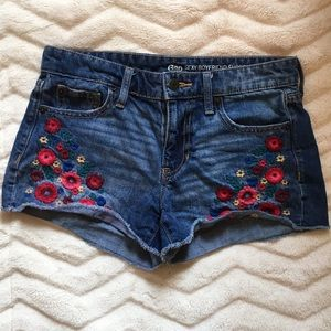 GAP embroidered flower shorts